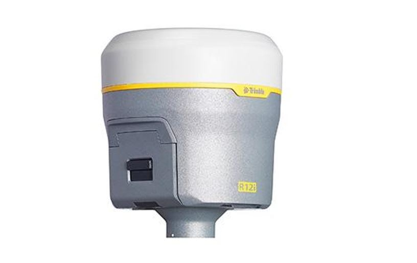 Banbrytande funktioner genom GNSS-systemet Trimble R12i